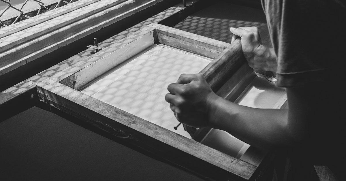 History of Screen Printing -  Photo by Emarts Emarts